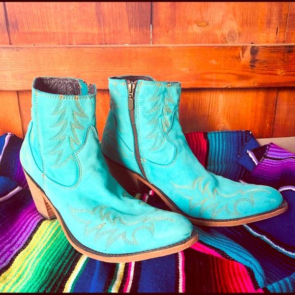 Turquoise Liberty Black Western Booties